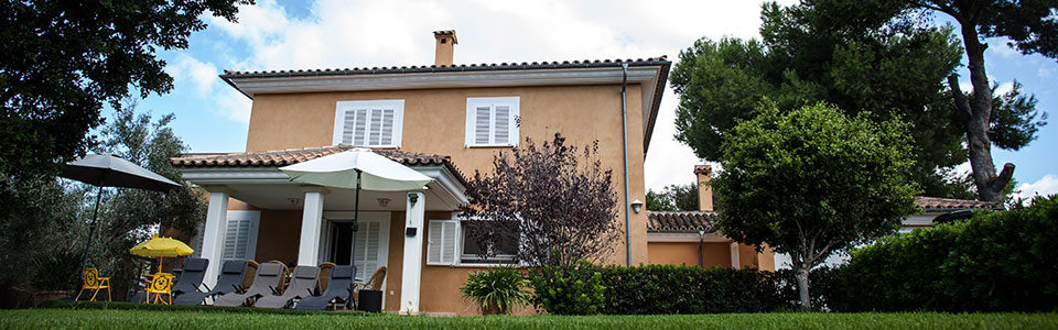 Nice and modern house in Santa Ponsa (South West of Mallorca) with holiday renting license for sale