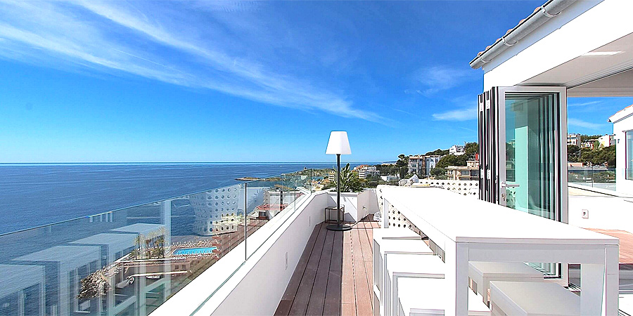 Unique Luxury Duplex Penthouse with stunning seaview in prime position on the beach of Illetas in the South-West of Mallorca